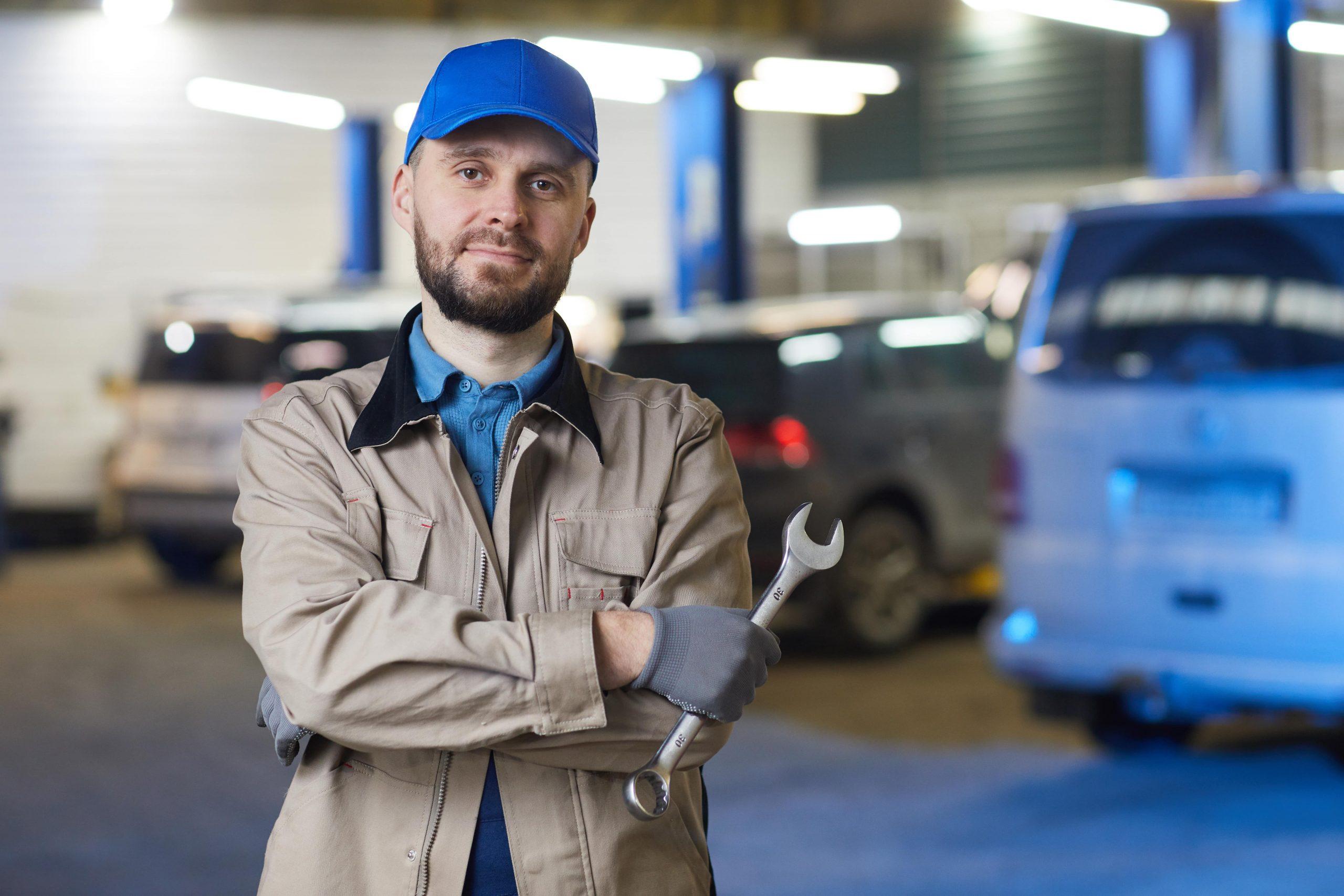 mechanik samochodowy z pozytywną opinią